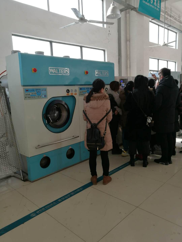 干洗店设备需要多少钱  这是不确定的